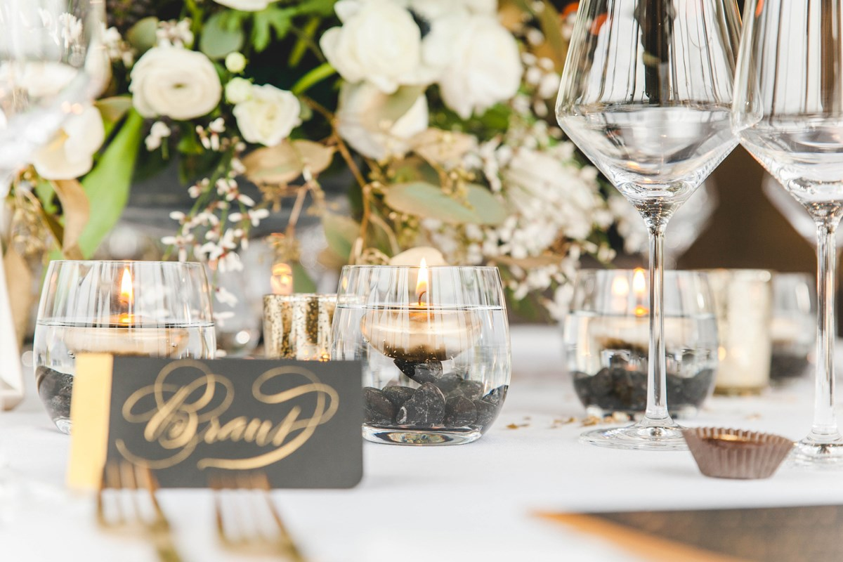Tischdeko Gold und Schwarz